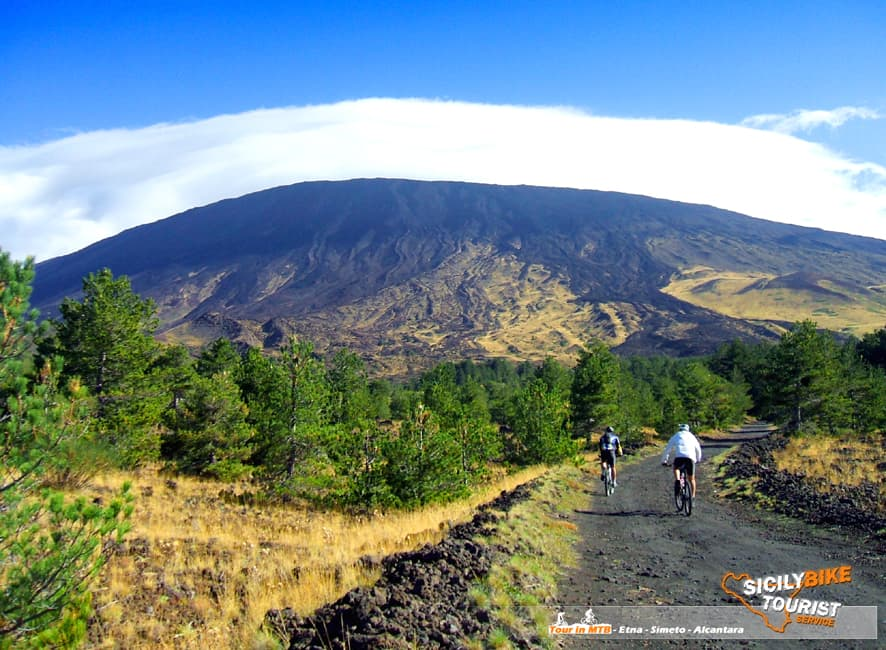 Mountain_Biking_Etna_Easy